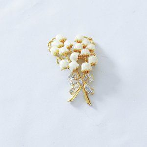 KJL Lily of the Valley Pin